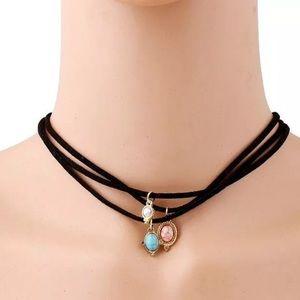 Jewelry - Choker necklace set