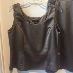 Albert Nipon Dresses & Skirts - Nipon Boutique Evening Suit