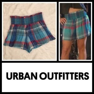 Urban Outfitters Pants - $4 SALE! Urban Outfitters Shirred Plaid Shorts