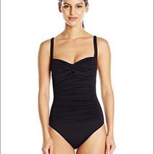 La Blanca Other - La Blanca Sweetheart One Piece Swimsuit