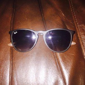 Ray-Ban Erika Classic Sunglasses