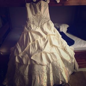 Maggie Soterro Dresses - Maggie Sorrento Wedding Gown