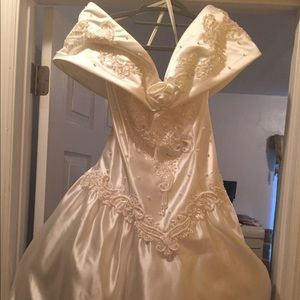 Oleg Cassini Dresses - Wedding dress and Slip