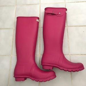 NWT Hunter Pink Matte Rain Boots Size 8 💗