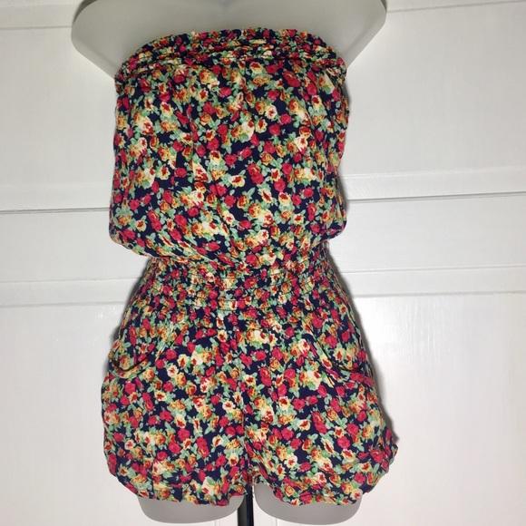 746d09ded338 delia s Pants - Delia s floral Romper