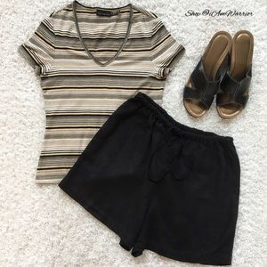 GAP Pants - Gap relaxed drawstring black linen blend shorts