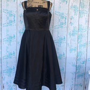 Bill Levkoff Dresses & Skirts - Bill Levkoff black Torrid style formal/prom dress