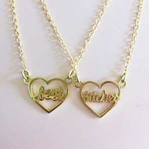 Jewelry - NEW best bitches necklace set