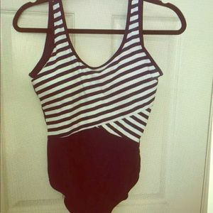 Ebmore Other - NWT navy blue and white striped bathing suit XL🏊