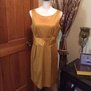 Teeze Me Dresses & Skirts - Teeze Me BEAUTIFUL gold dress