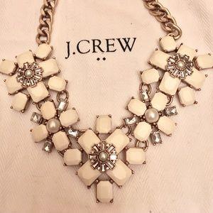 NWOT J. Crew Flower necklace