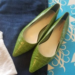 FIONI Clothing Shoes - FIONI Green Pointy flats