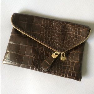 henri bendel Handbags - Henri Bendel vintage envelope clutch/shoulder bag