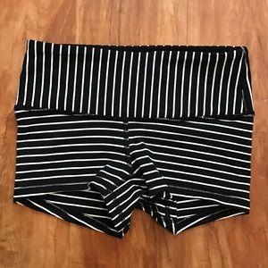lululemon athletica Pants - Lululemon Boogie Shorts Horizontal Stripe