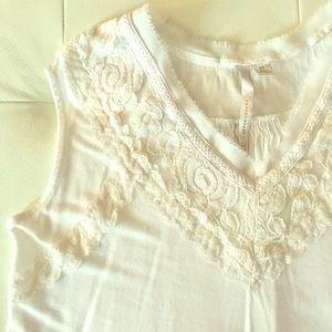 Lauren Conrad sleeveless top