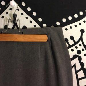 Amanda & Chelsea Dresses & Skirts - AMANDA & CHELSEA WORK SKIRT