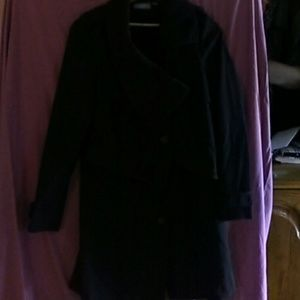 3/4 length coat, this is a gorgeous coat.
