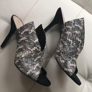 Trina Turk Shoes - Trina Turk unique snakeskin mules