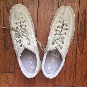 Tretorn Shoes - Tretorn Nylite canvas shoes