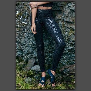 Fabletics Pants - Salar Leggings