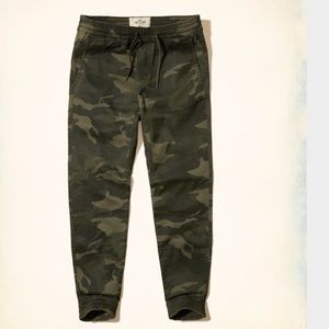 Hollister Other - 💥Hollister Twill Camo Jogger Pant💥