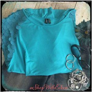 ravel Tops - NWOT {ravel} Teal Mermaid Scale Cap Sleeve T-shirt