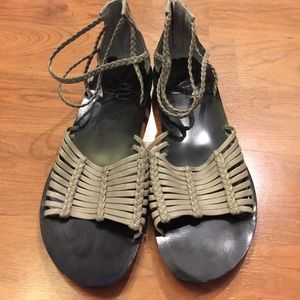 b. makowsky Shoes - B. Makowsky Sandals