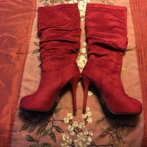 No Name Shoes - Bad As* Sexy Red Spike Boots. Size 8.