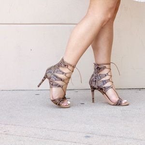 Shoes - Reptile Lace Up Heels!