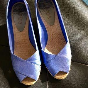 Ralph Lauren Shoes - Ralph Lauren NEW Espadrilles blue linen 8.5