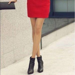 💄 Vintage Red Miniskirt!💄