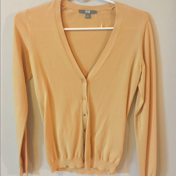 66% off Uniqlo Sweaters - Light yellow cardigan by Uniqlo. from ...