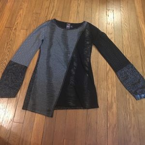 ANAC Tops - Black and gray color blocked long sleeve tee