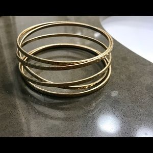 Premier Designs Jewelry - Gold bangle bracelet