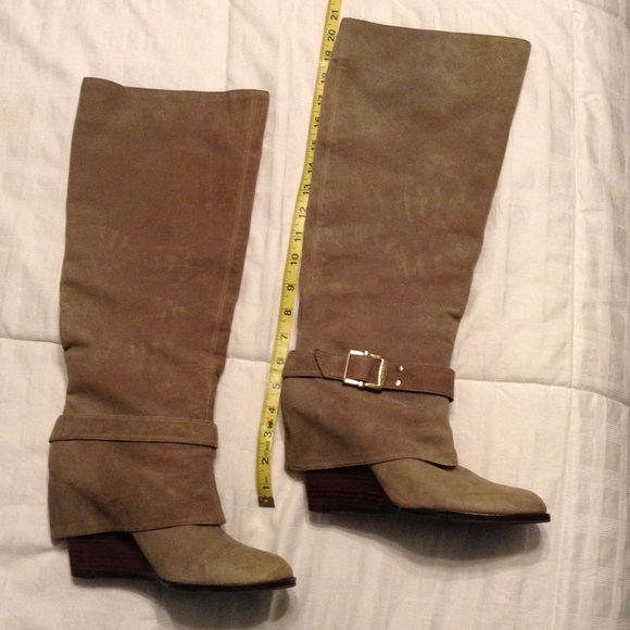 67 vince camuto shoes knee high wedge vince camuto
