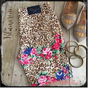 Blumarine Pants - Blumarine Jeans Leopard Floral Capris Pants