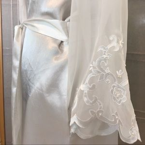 Other - Wedding White Beaded Lace Full Length Robe Large