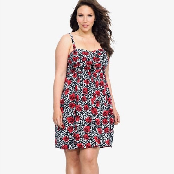 1c01b9a6c616 Torrid White Leopard   Red Rose Challis Dress. M 58ef70d336d594018202952f