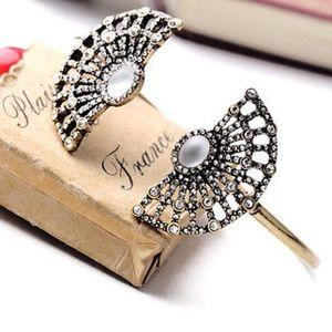 Jewelry - Just In 🍃 Antique Gold Fan Cuff Bracelet 🍃