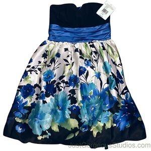 NWT | Floral Dress