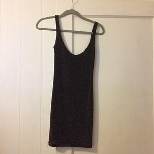Pull&Bear Dresses & Skirts - Pull & Bear stretchy mini dress.