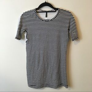 lululemon athletica Tops - Lululemon Black and White Striped Athletic Top