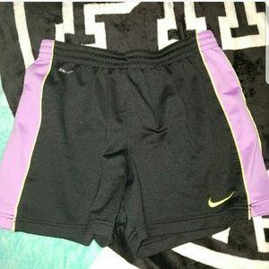 (S) Nike dri-Fit shorts