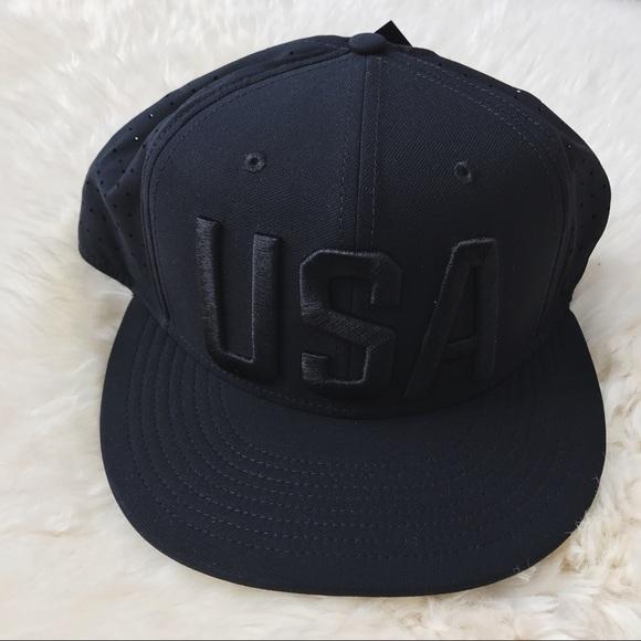 df2bc8cd9fd84 Nike Black Team USA Olympic Snapback Hat