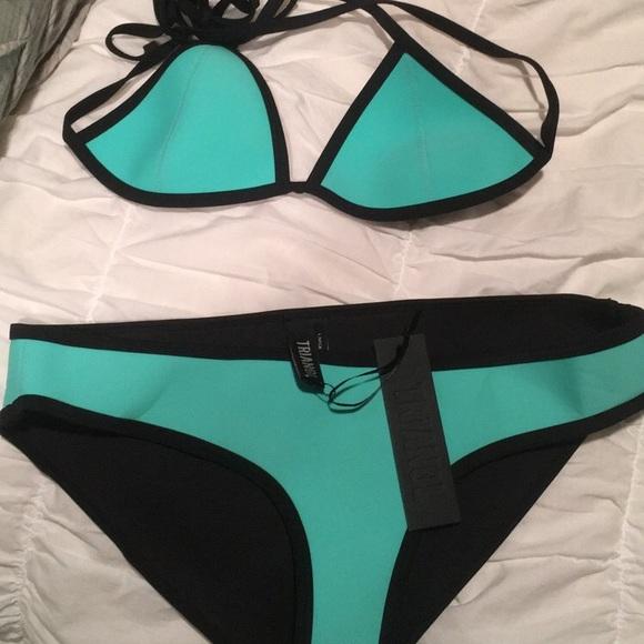 670c1343d Triangl bikini small top large bottom Can buy 1 NWT