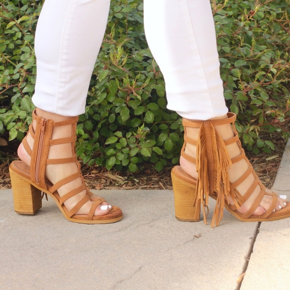 Shoes - Fringe Gladiator Sandals!