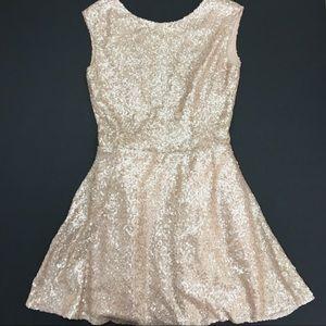 Tobi Dresses & Skirts - TOBI Rose Gold Sequin Backless Dress