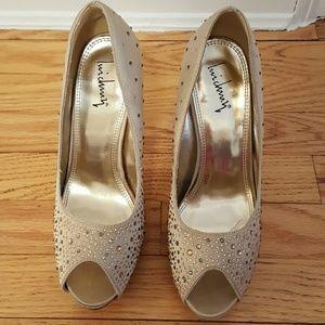 Luichiny Shoes - Gorgeous Luichiny beige bejeweled heels