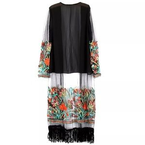 Other - NWT GORGEOUS Embroidered kimono duster