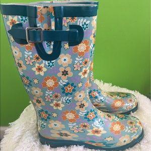 Western Chief Shoes - 🌸beautiful Rain boots 🌸